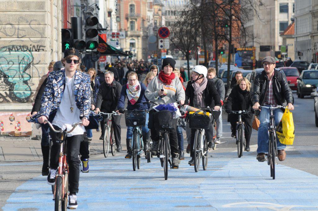 Conheça 4 bons motivos para trocar o carro pela bicicleta