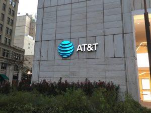 AT&T vence disputa com o Departamento de Justiça dos EUA sobre compra da Time Warner