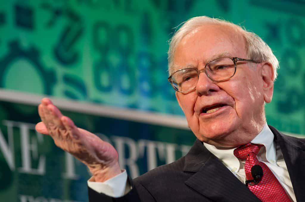 3 erros que Warren Buffett diz para não cometer e que cometem mesmo assim