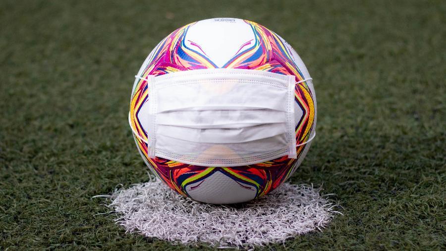 Pandemia: descubra como estão acontecendo os treinos coletivos de futebol e planejamento para o retorno