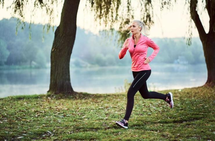 É seguro correr ao ar livre durante o surto de coronavírus?