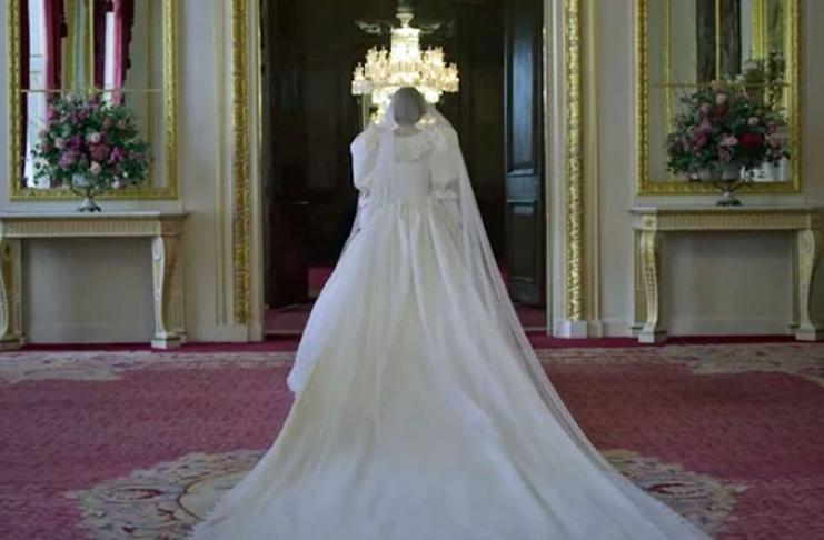 Por que o vestido de noiva da Princesa Diana marcou a história da moda
