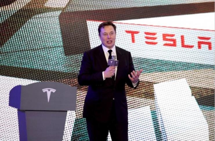 """Elon Musk admite não ser o """"maior fã"""" de Nikola Tesla - o homem por trás de sua marca de carros"""