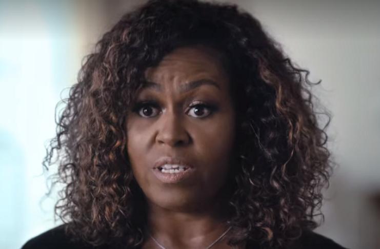 Michelle Obama diz estar lidando com depressão