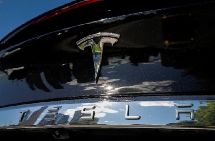 Carros da Tesla podem mudar de cor quando você quiser