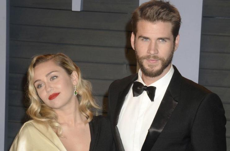 """Miley Cyrus acredita que sua voz """"mudou muito"""" após o incêndio na casa de Malibu"""