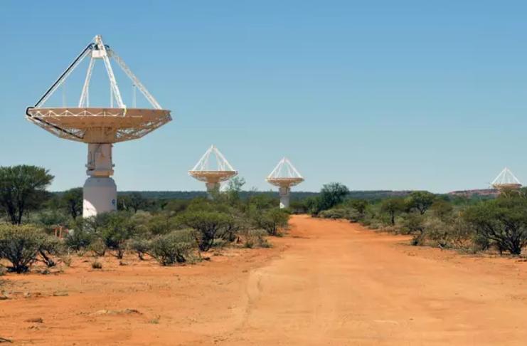Cientistas não encontram sinal de vida alienígena após pesquisar 10 milhões de sistemas solares
