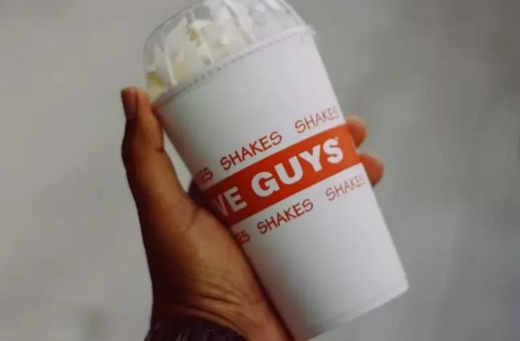 Five Guys lança um milkshake de biscoito