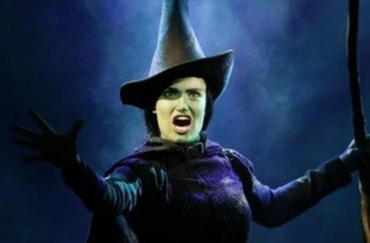 Filme de Wicked está sendo adiado por problemas na direção