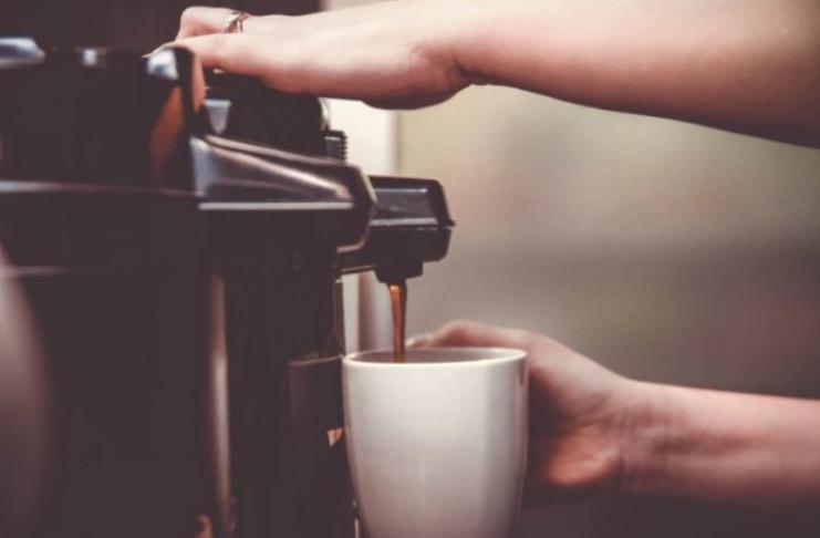 Máquina de café inteligente: a próxima máquina assustadora depois dos robôs