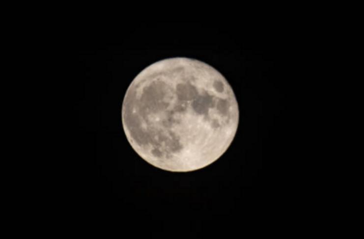 Tempestades zumbis devem chegar ao Halloween em 2020; Lua azul rara também se aproxima