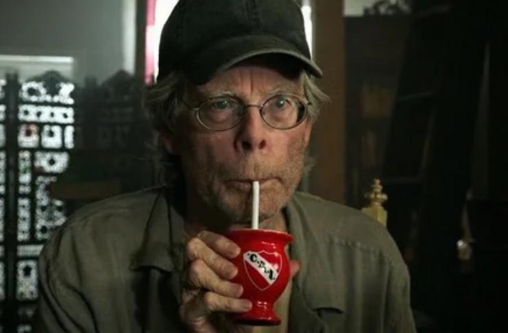 Stephen King vai ao cinema e diz que se sente terrível com o que testemunhou