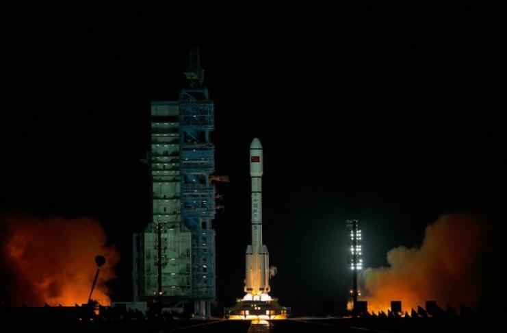 China competindo com SpaceX? País quer lançar 10.000 satélites no espaço