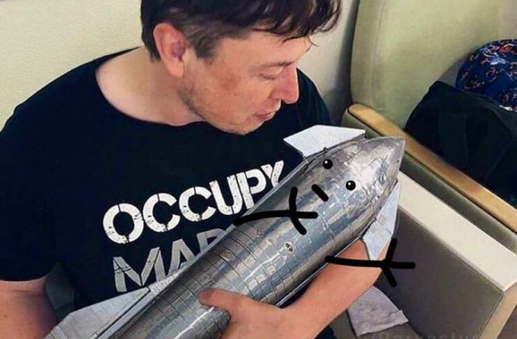 Elon Musk planeja permanecer em Marte e trabalhar via Starlink até 2050