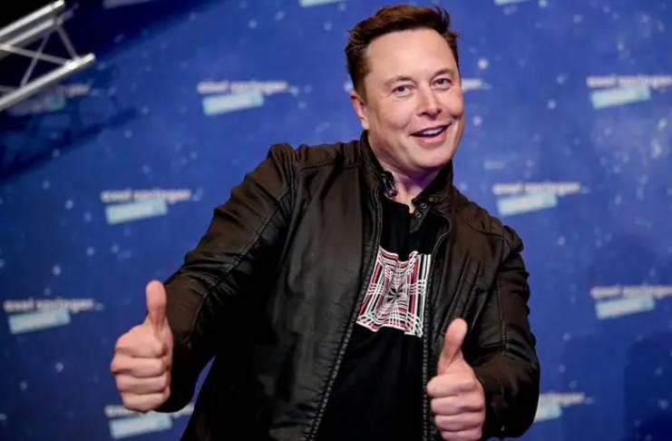 Elon Musk promete doar mais fundos para aplicativo Signal após fiasco de ações na semana passada