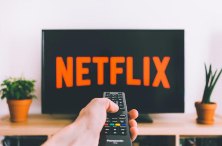 Recurso de embaralhamento da Netflix estará disponível para todos em 2021