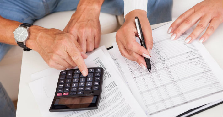 Confira os livros indispensáveis para os interessados em dicas de finanças pessoais