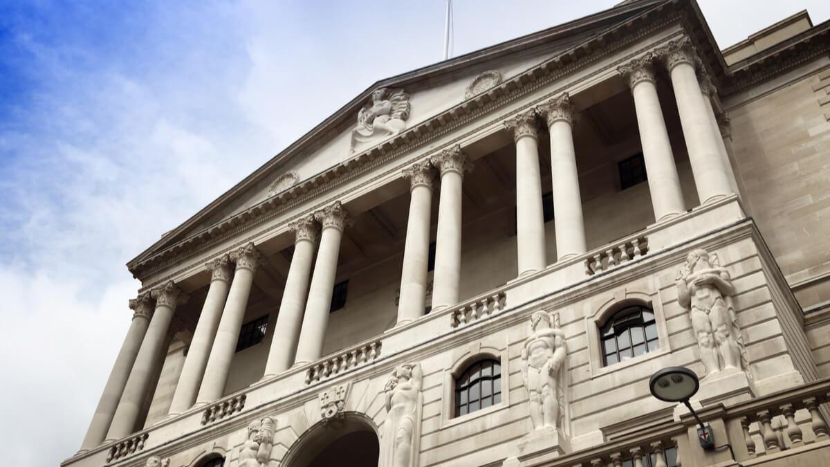Saiba quais são os 10 bancos mais seguros para investir dinheiro – Inclusive, estrangeiros