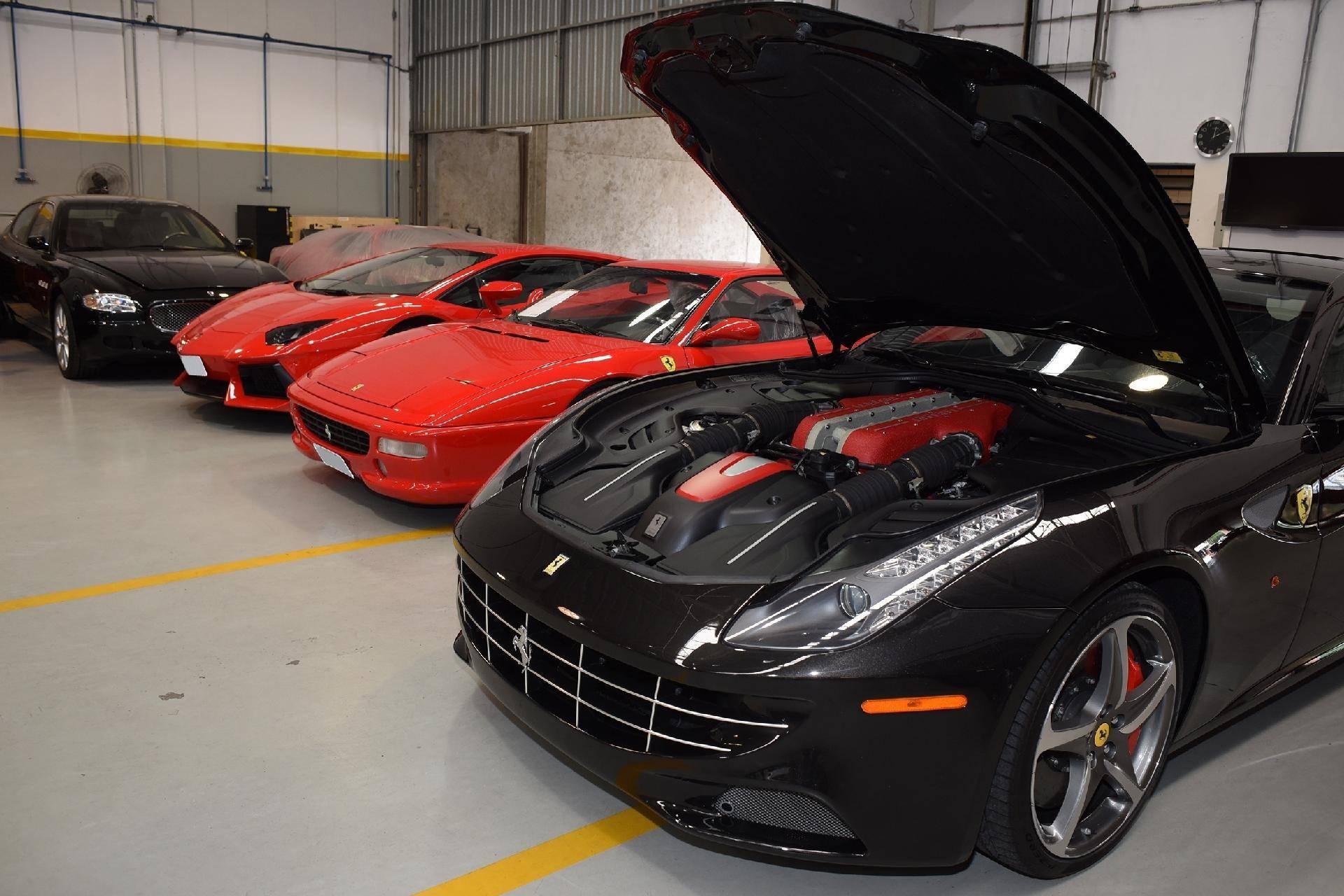 Tudo o que é necessário saber na hora de comprar um carro de luxo