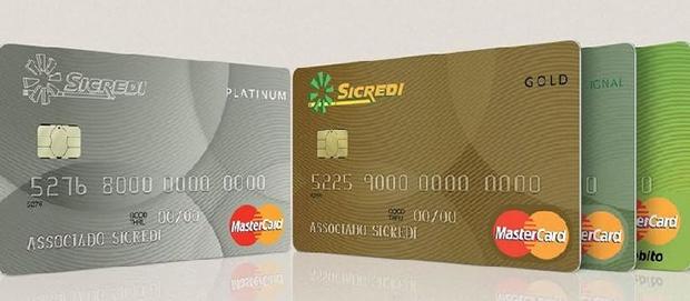 Conheça os cartões da Sicredi e aprenda a solicitar